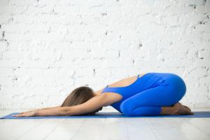 bekende yoga-houdingen