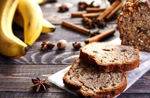 Heerlijk stukje bananenbrood als gezond ontbijt of ideaal tussendoortje