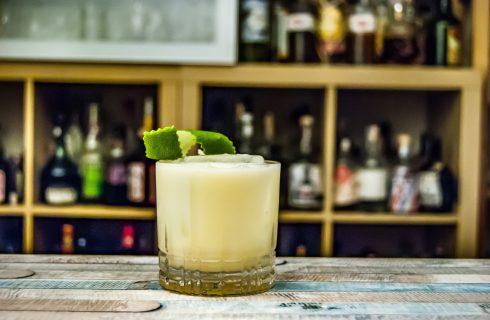 Overheerlijke virgin cocktail met limoen en kokos