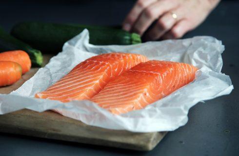 Het eten van vette vis heeft veel gezondheidsvoordelen
