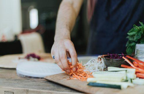 4 pasta's gemaakt van groenten