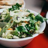 Salade van parelcouscous met blauwe kaas en meloen