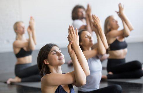Hoe yoga mentale gezondheid verbetert