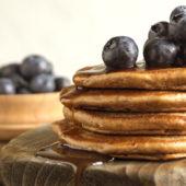 Recept: pannenkoekentaart met chocola en hazelnootcrunch