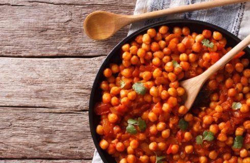 Recept: Vegan Indiase Chana Masala met Kurkuma en Gember