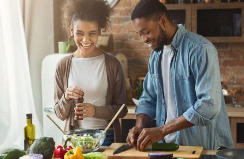 Afvallen met je partner: zo maak je het leuk