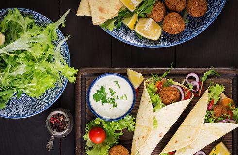 Recept: Libanese falafel wrap met tzatziki voor de lunch