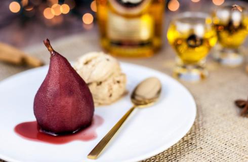 Recept: stoofpeertjes met Licor 43, een lekker kerst dessert!