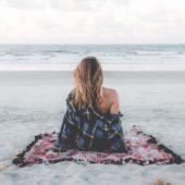 Dit zijn de effecten van stress op je huid en dit kan je eraan doen