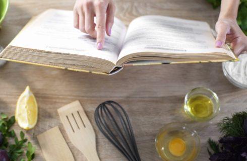 Met deze kookboeken maak je het koken een stuk leuker!
