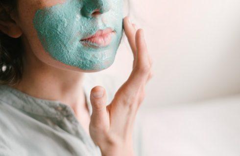 Dit zijn de oorzaken van een gevoelige huid in de winter