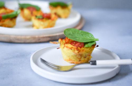 Recept: aardappelnestjes met spinazie en cherrytomaatjes