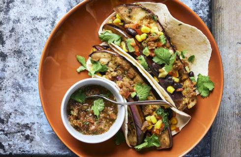 Recept: BBQ taco's met aubergine en Mexicaanse salsa