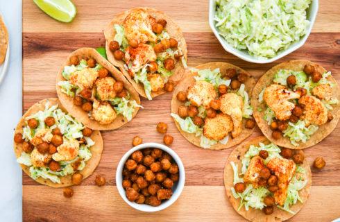 Recept: soft taco's met bloemkool, kikkererwten en koolsla