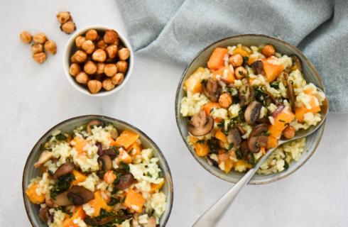 Recept: vegan pompoenrisotto met gebakken paddenstoelen