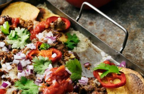 Recept: vegetarische nachoschotel met Pulled Oats
