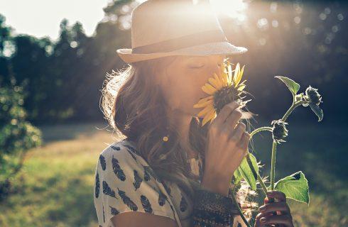 Ontspan en 'open je hart' deze zomer met yoga