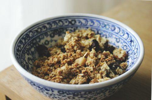 Recept: makkelijke granola met 6 ingrediënten