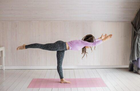 5 x de beste houdingen voor yoga als krachttraining