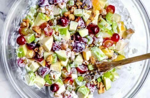 Recept: New Yorkse waldorfsalade met appel en walnoten