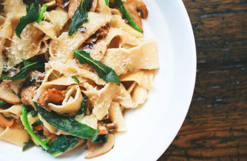 Recept: tagliatelle met paddenstoelen en salieboter