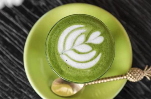 Recept: zo maak je de ultieme matcha latte