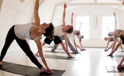 5 heerlijke yogascholen in Amsterdam