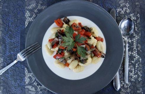 Homemade: Simpele Gnocchi met kastanje champignon saus
