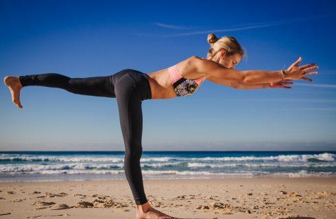 En sterke core en meer balans in je leven met deze yoga balans flow!