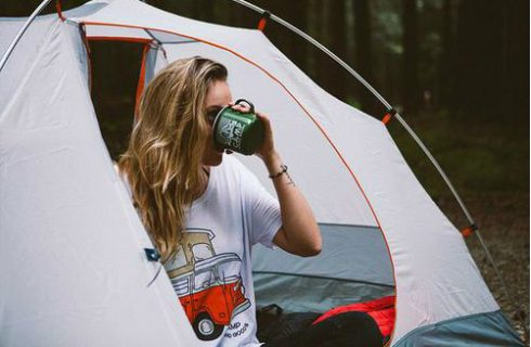 Een dutje na de koffie? Het blijkt dé manier om productiever zijn!