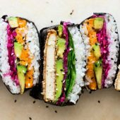 Quinoa sushi met zoete aardappel en avocado!