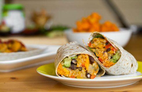 Vegan Burrito's met pompoen hummus