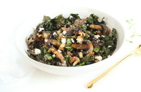 Warme champignon salade met spinazie en boontjes