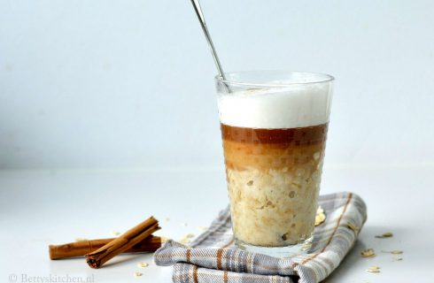 De havermoutcappuccino staat op nummer 1 in onze ontbijtlijst!