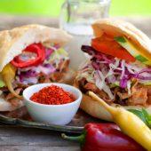 (On)gezond – Vegetarisch: Kapsalon met romige cheddar saus