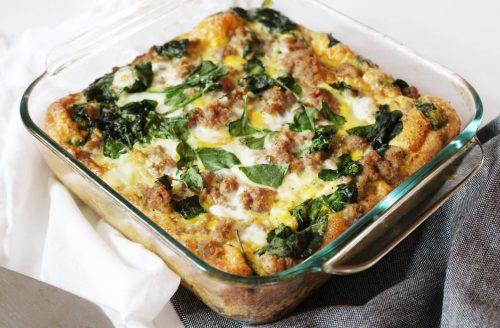 Koolhydraatarme ovenschotel met ei, kip en groenten!