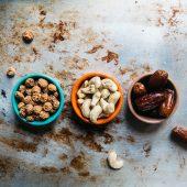 Yoghurt reep met fruit en noten: lekker als tussendoortje