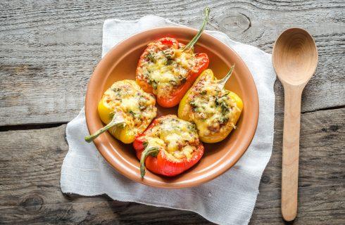 Gevulde paprika's met mager rundergehakt en spekjes