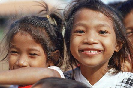 Help de (wees)kinderen in thailand en doneer een paar euries!