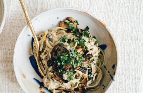 Simpele pasta met romige champignon saus