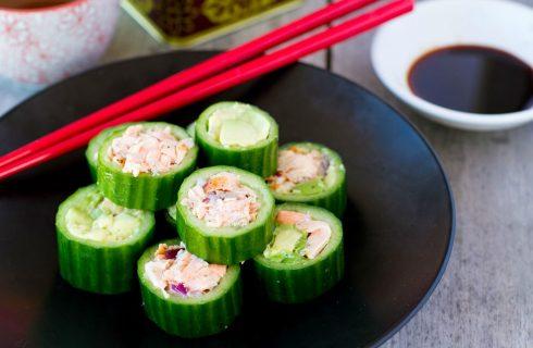 Heerlijke paleo sushi met zalm en avocado