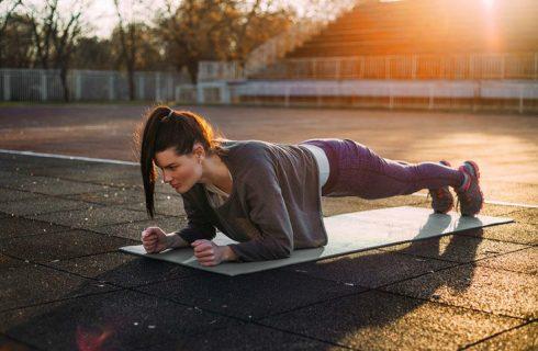Home workout voor sterke buikspieren en een strakke buik!