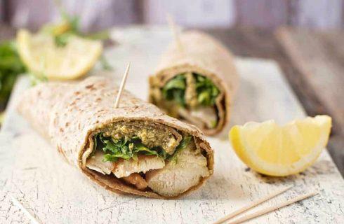 Glutenvrije wrap met kip en pesto, simpel én lekker!