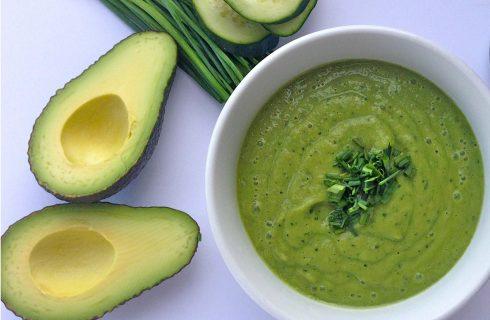 Een makkelijk te bereiden avocado soep