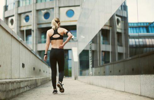 6 oefeningen die je rugpijn verlichten