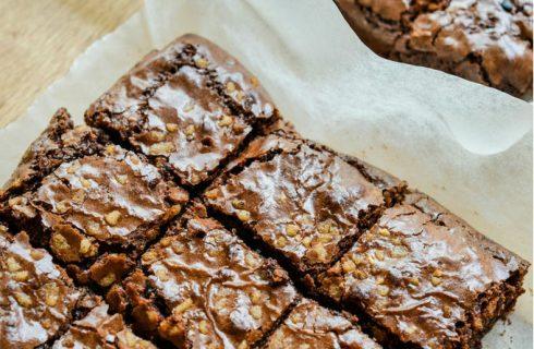 Heerlijke suikervrije brownies bak je in een handomdraai!