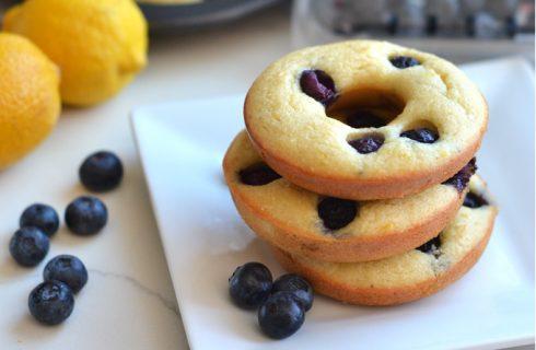 Heerlijke frisse paleo blueberry citroen donuts