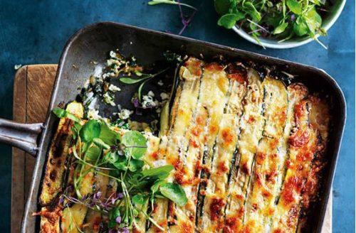 Koolhydraatarm: courgette lasagne met geitenkaas en spinazie