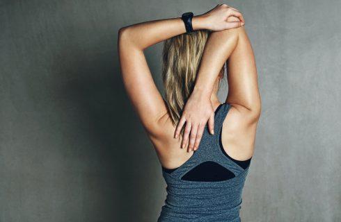 Verbeter je houding voor je rug met deze oefeningen