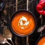Vergeten groente soep met bietjes voor thuis en onderweg